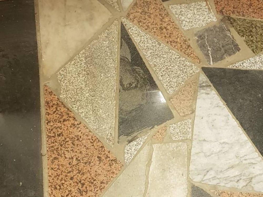 Плитка из надгробных памятников в ТД Усть-Каменогорска: расследование продолжается