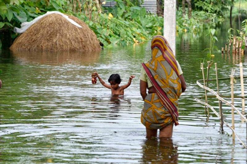 Более 2000 человек погибли во время муссона в Индии