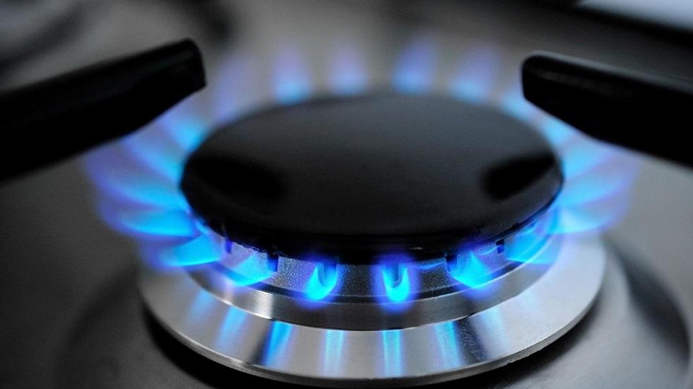 14 семьям в Алматы бесплатно провели газ в частные дома
