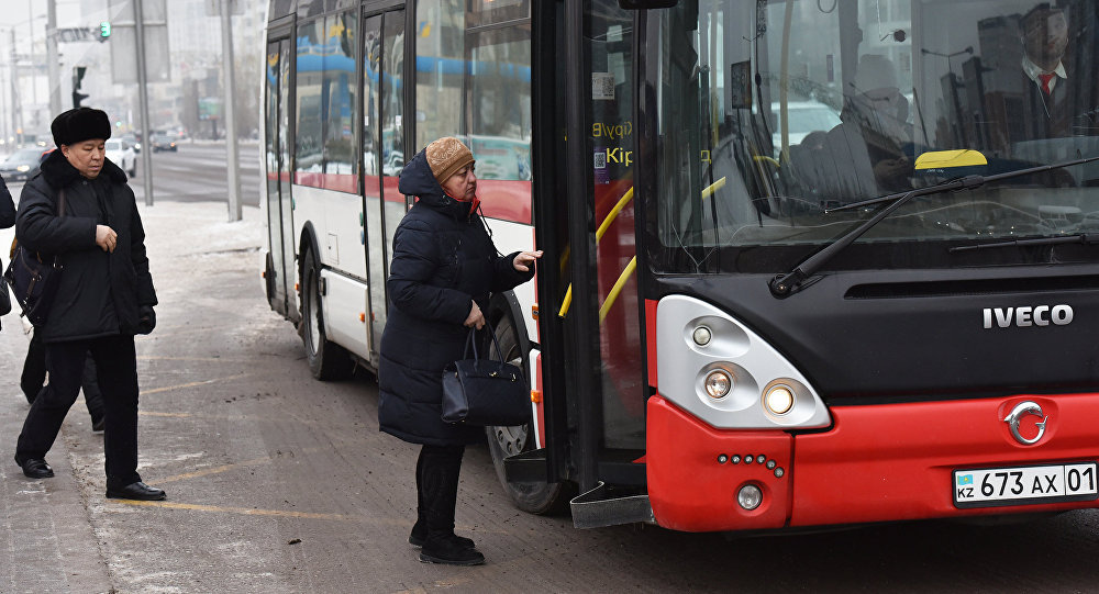 Водителя автобуса, который высадил инвалида в мороз, уволили