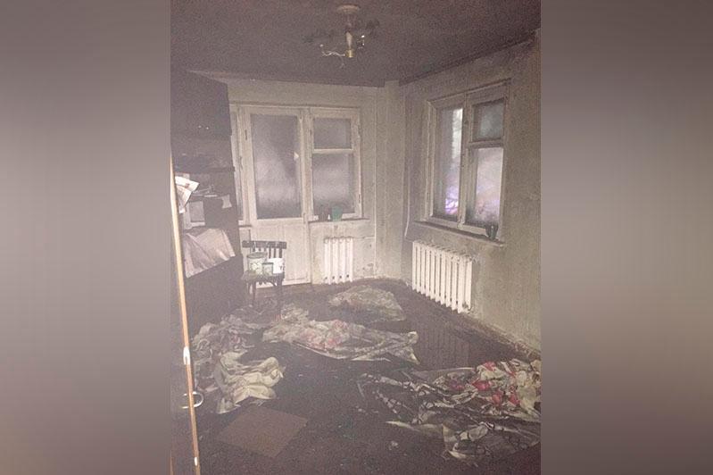 Пожар в пятиэтажке в Петропавловске: погибла женщина, спасены 15 взрослых и 10 детей