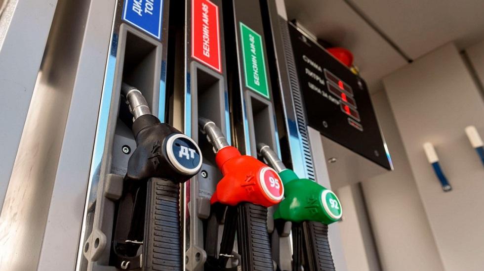 Акцизы на бензин вырастут с 1 января в Казахстане
