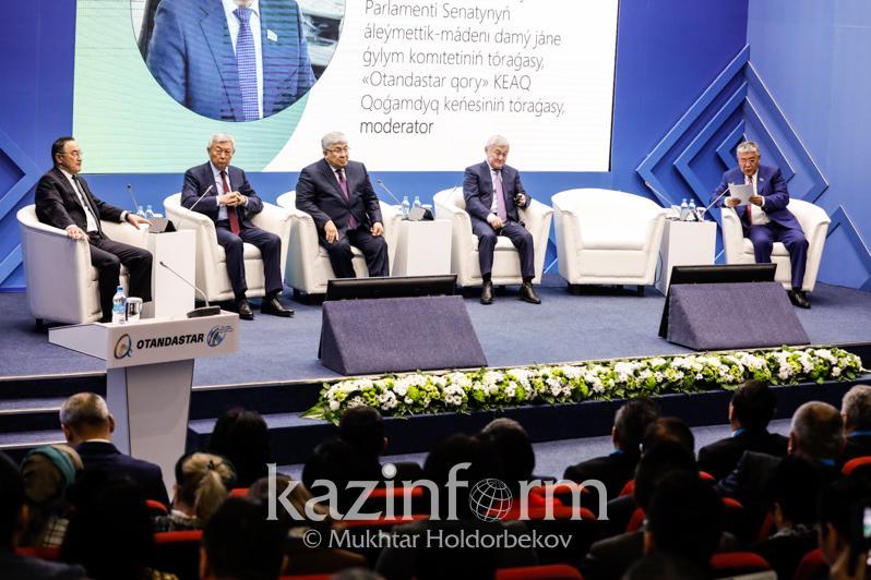 Госсекретарь РК: За годы независимости в страну вернулись более 1 млн соотечественников