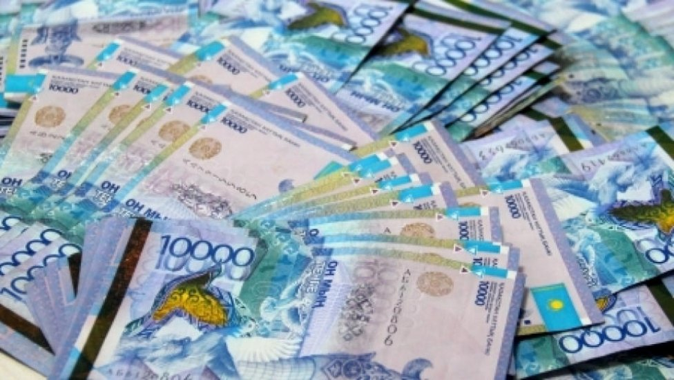 Поправки в бюджет на 2020-2022 годы принял парламент Казахстана