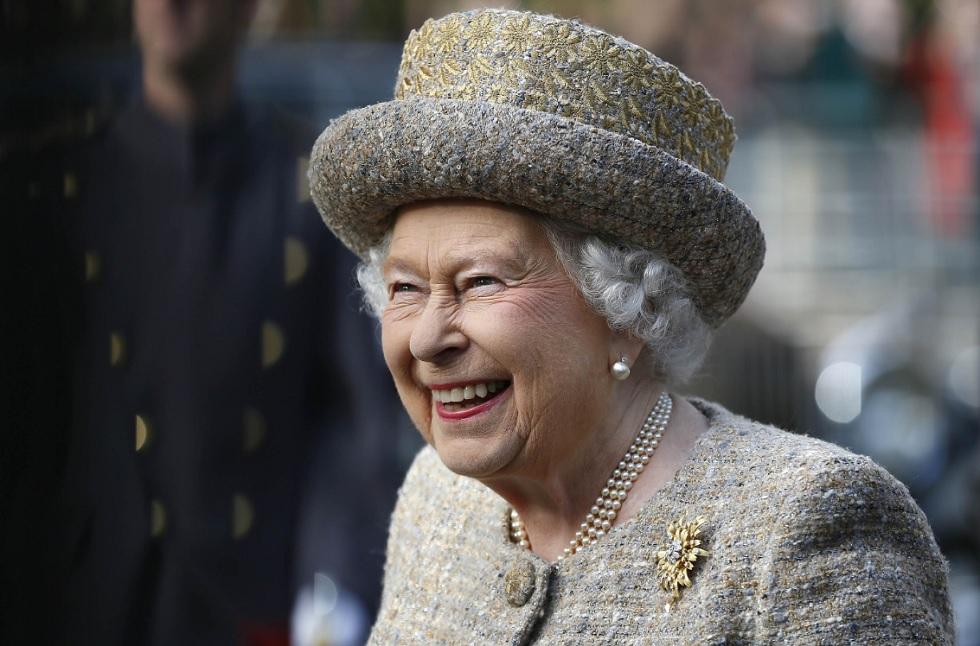 Королева Великобритании может отречься от престола в 2021 году