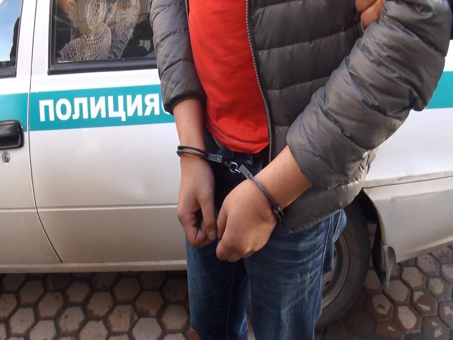 Угнал машину и сбил насмерть человека: пассажир напал на таксиста в Нур-Султане