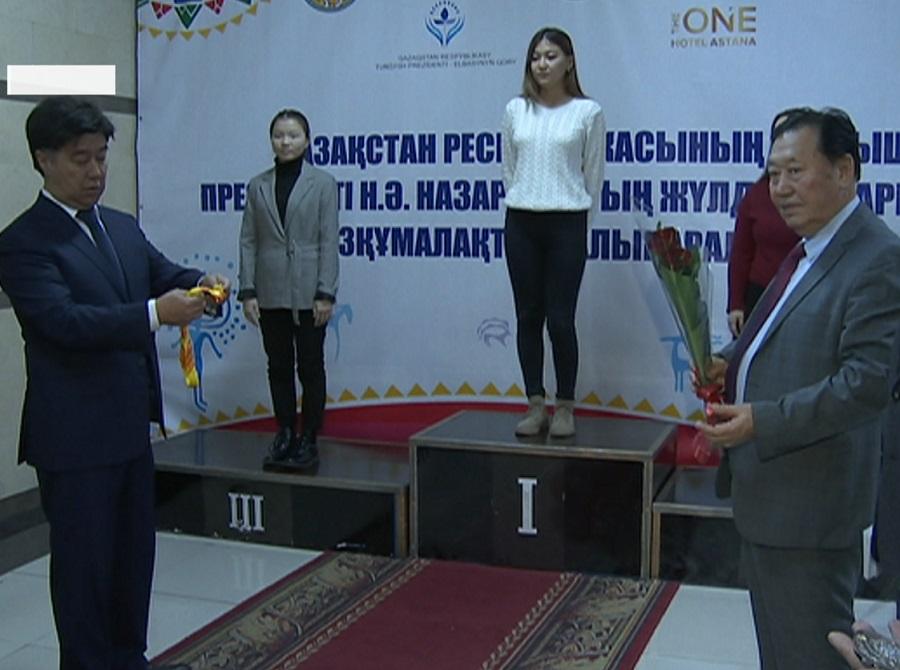 В Алматы прошел турнир по тоғызқұмалақ