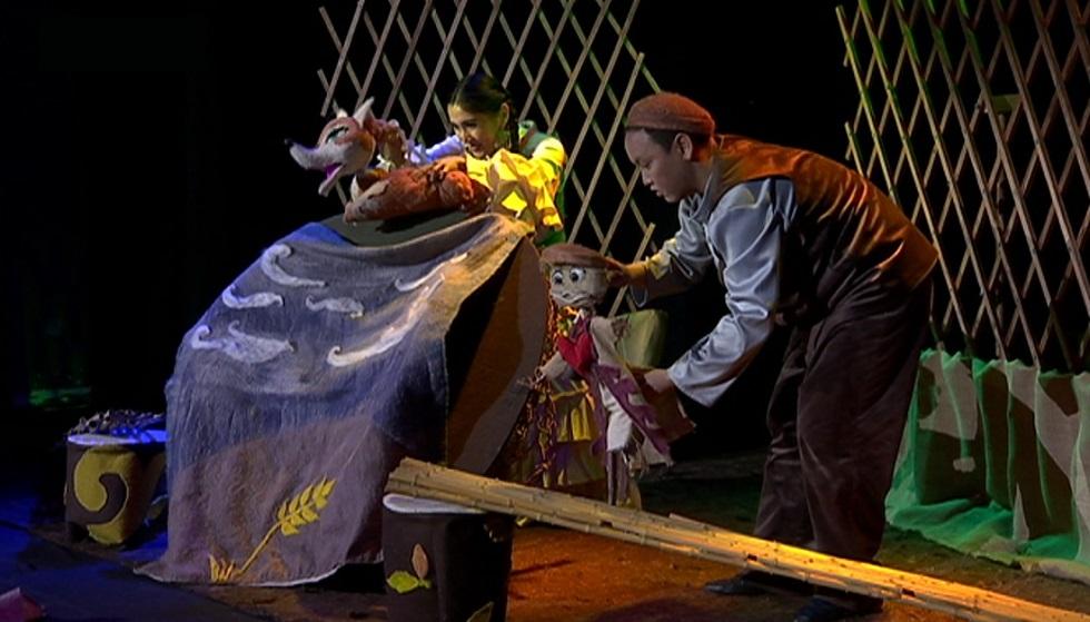 В государственном театре кукол Алматы состоялась премьера детского спектякля