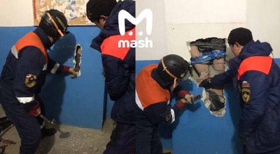Упал с 10 этажа и выжил, житель Якутска пытался достать валенки из вентиляционной шахты