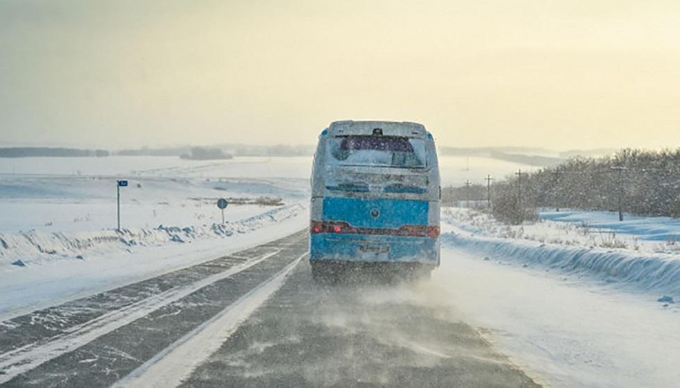 Метель и гололедица в Акмолинской области: эвакуировали 159 человек