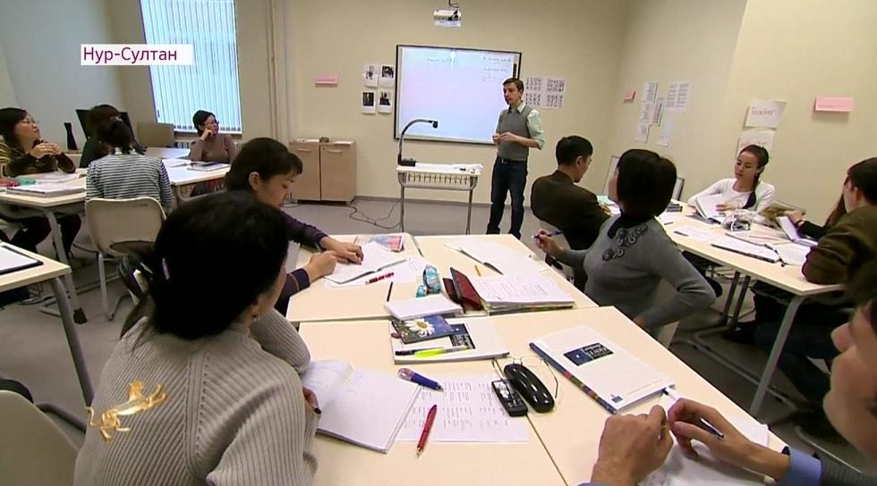 Тревожная тенденция: казахстанские студенты предпочитают отечественным вузам российские университеты