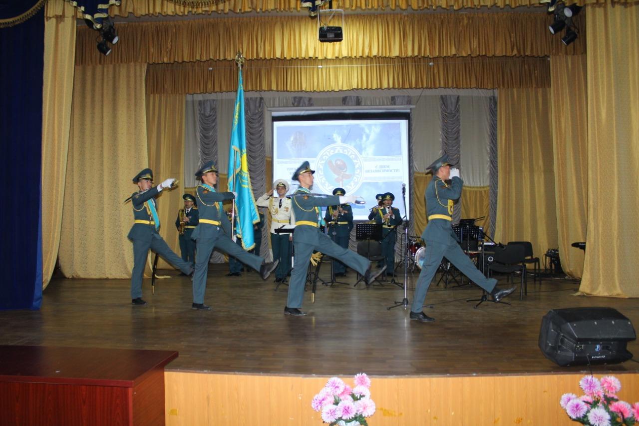 Гвардейцы отпраздновали День Независимости Республики Казахстан