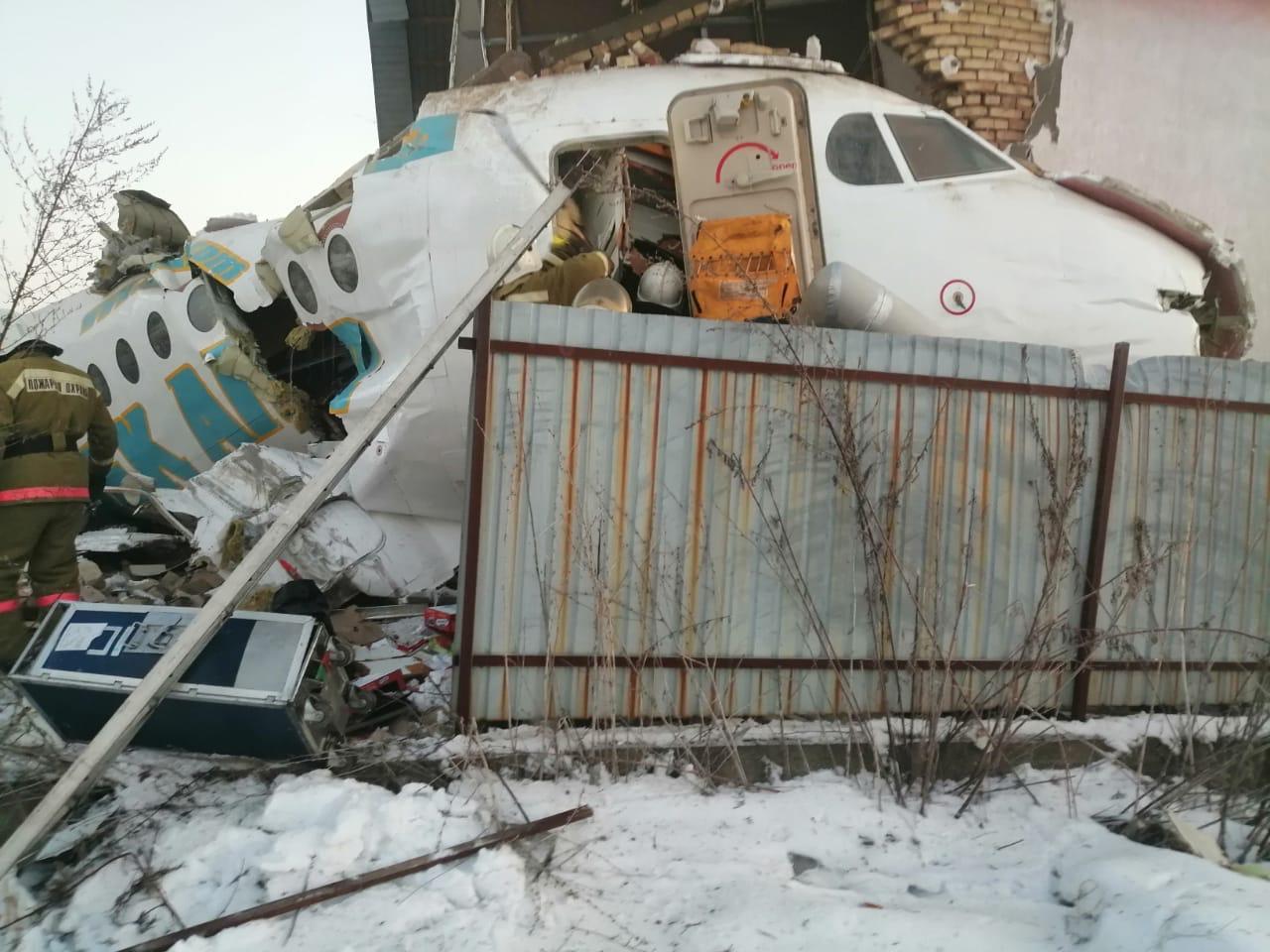Опубликован список пострадавших при падении самолета Bek Air