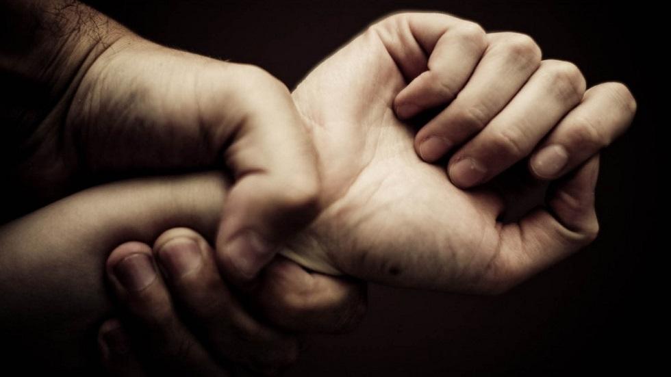 Восьмиклассница забеременела после изнасилования отчимом: обращение матери