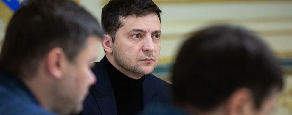 Президент Украины срочно возвращается в Киев из Омана