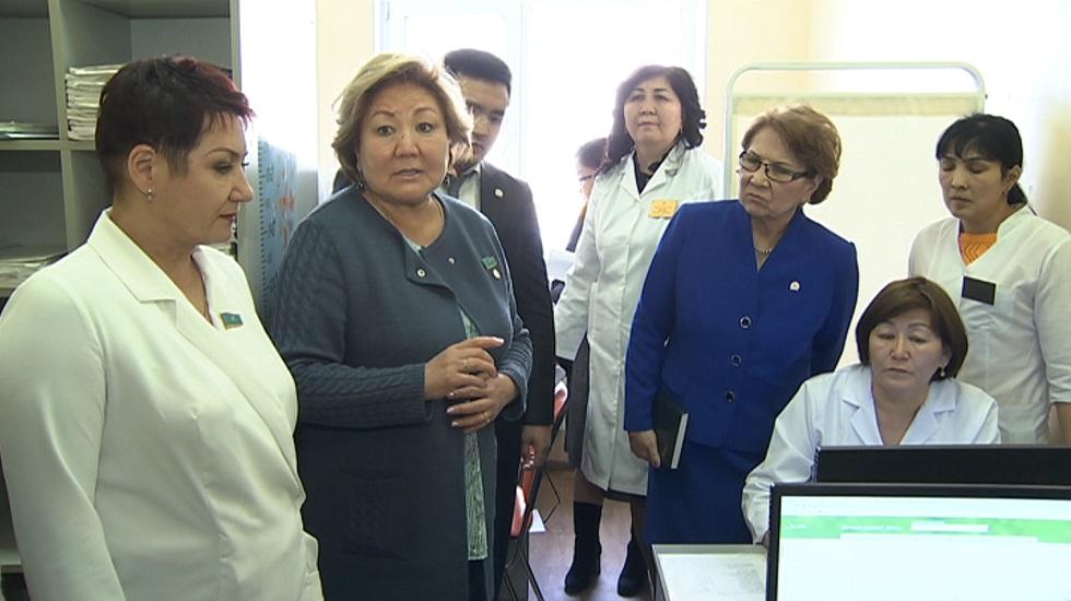 Алматинский центр первичной медико-санитарной помощи посетили депутаты мажилиса