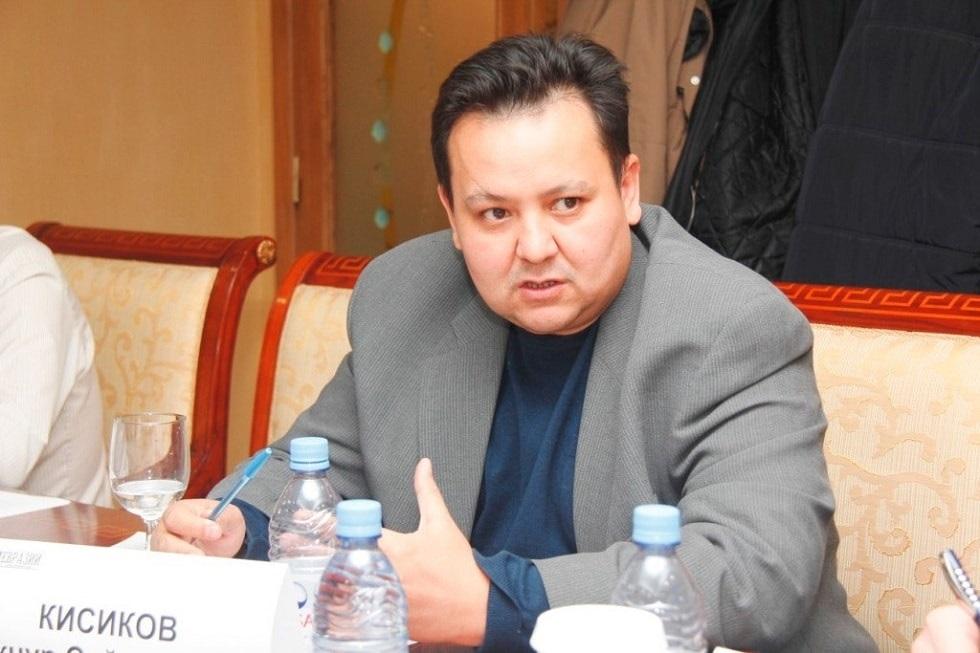 175 лет Абаю: Бекнур Кисиков призывает казахстанцев перечитать произведения писателя