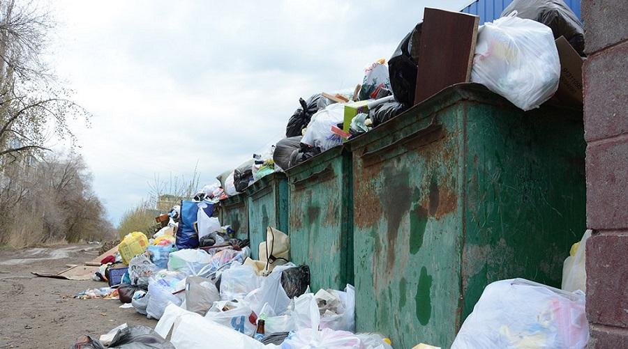 Скандал в Алматинской области: жители Карасайского района требуют списать долги за вывоз мусора