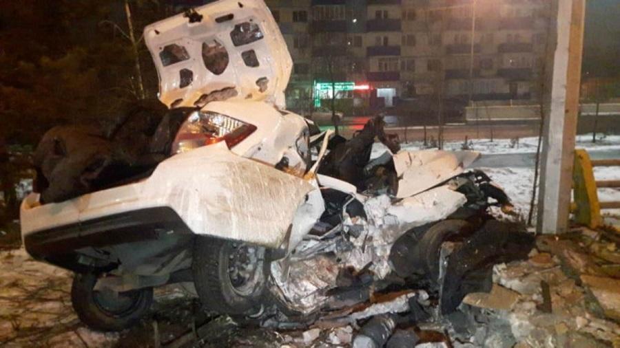 Скончались на месте: жуткая авария произошла в Алматы