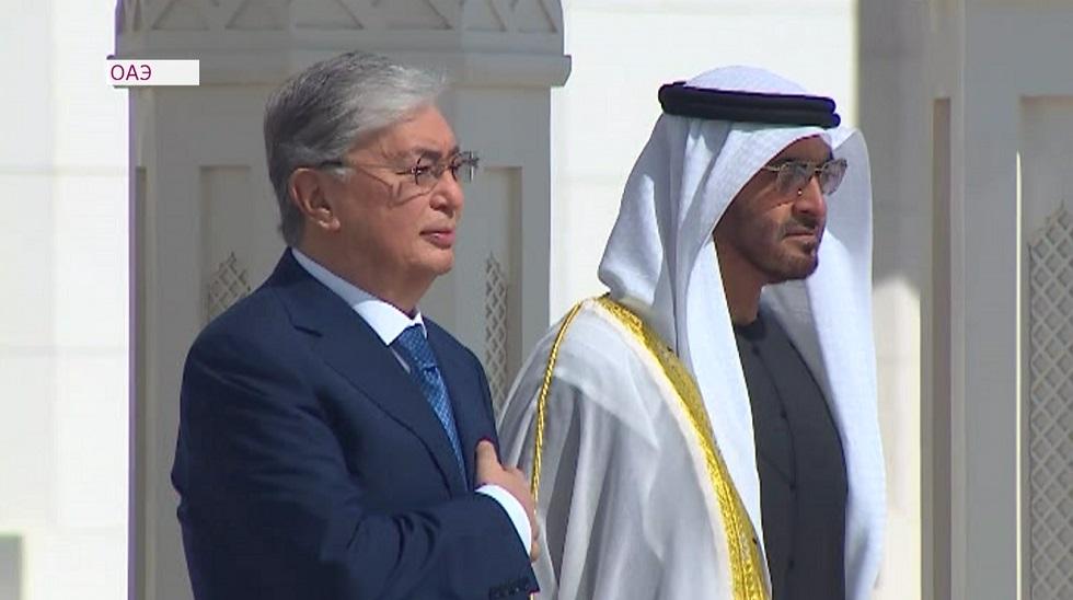 Касым-Жомарт Токаев провел встречу с наследным принцем Абу-Даби