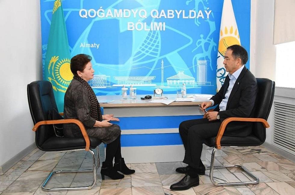 Прием граждан в общественной приемной Nur Otan провел аким Алматы