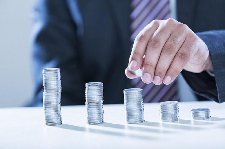 Досрочное снятие пенсионных: в Казахстане предлагают ввести разный порог для мужчин и женщин