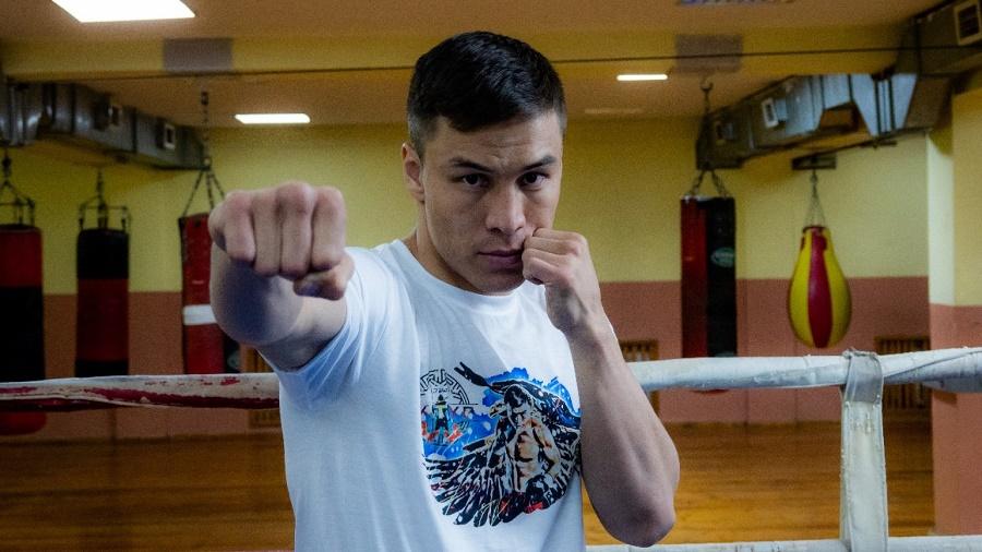 Всемирная боксерская ассоциация (WBA) включила в свой рейтинг казахстанца Батыра Джукембаева