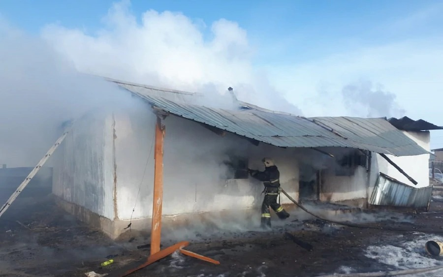 Пожар в Алматинской области унес жизни двух детей (ФОТО)