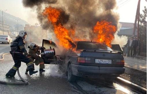 В Алматы сгорел автомобиль