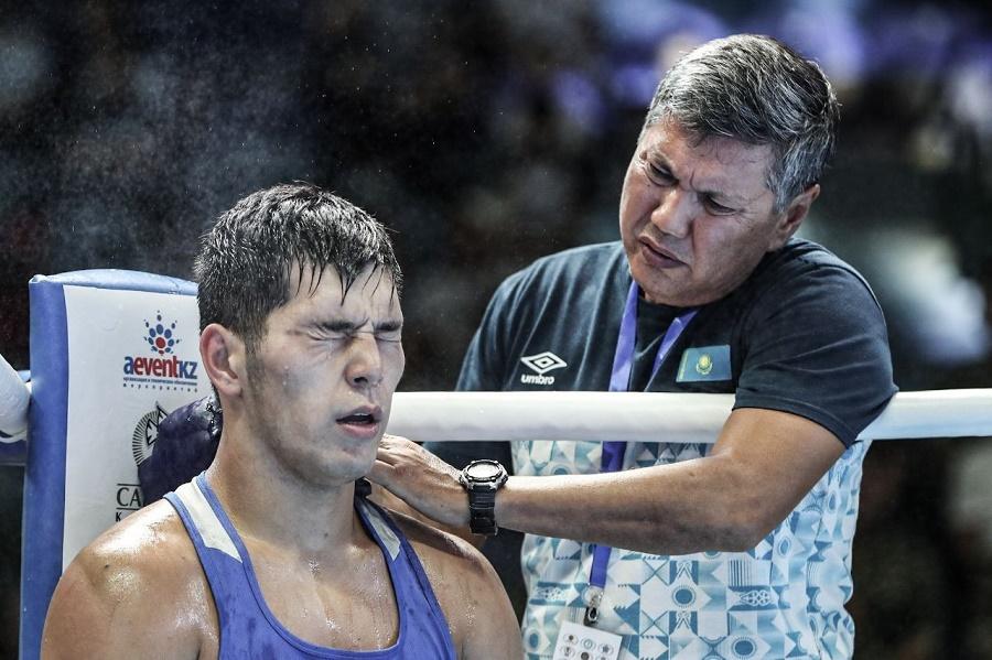 Казахстанские боксеры завоевали три золотые медали на турнире в Венгрии