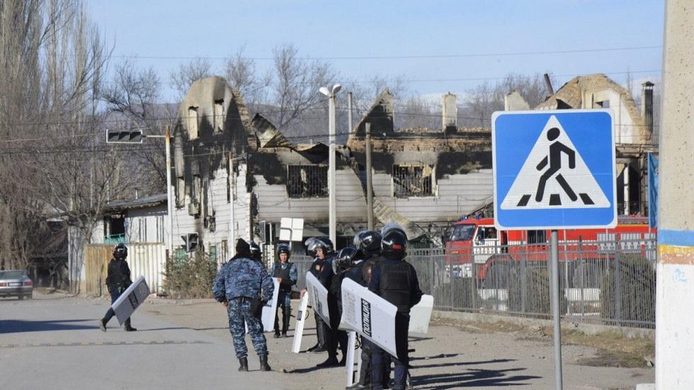 Человеческие останки обнаружили среди обломков горевшего ТЦ в Масанчи