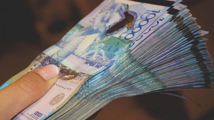 Более миллиона тенге украли в аэропорту Нур-Султана