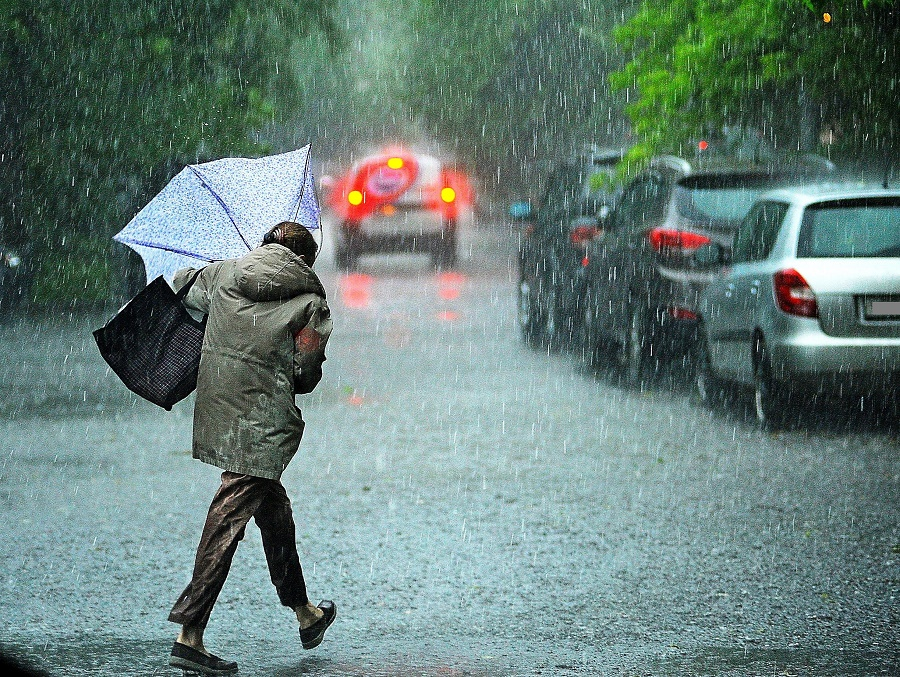 Неустойчивая погода ожидает казахстанцев 15 февраля
