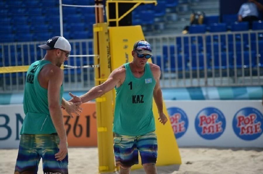 Команда Казахстана по пляжному волейболу вышла в полуфинал Чемпионата Азии