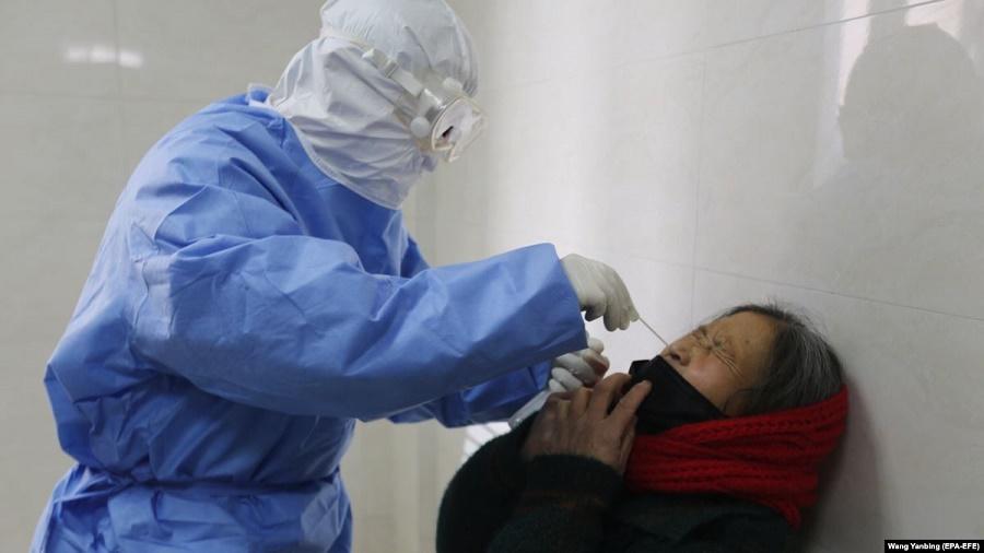 Еуропада коронавирус салдарынан алғашқы адам қайтыс болды
