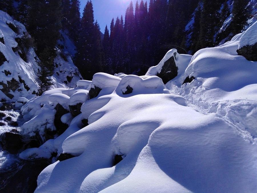 Алматинцам рекомендуют воздержаться от походов в горы