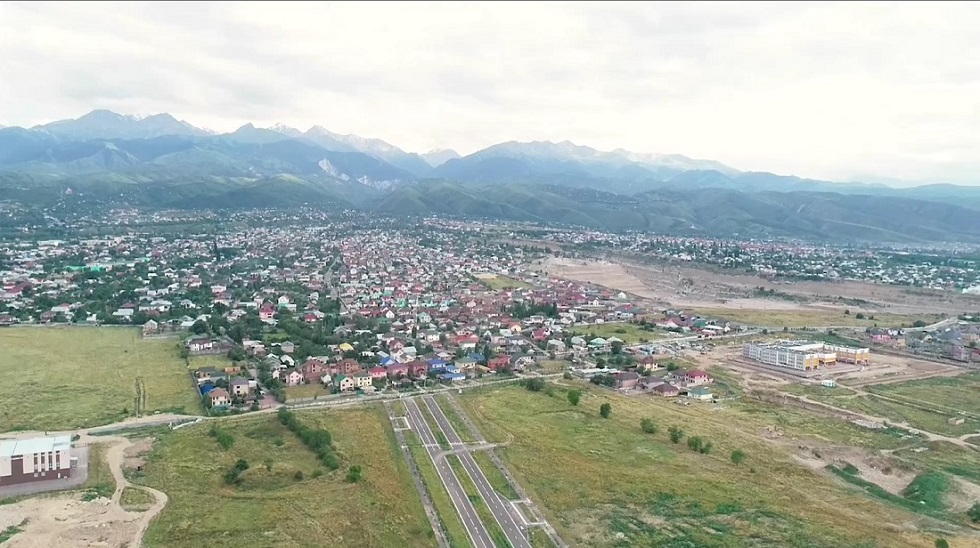 В Алматы более 700 земельных участков узаконены — Бакытжан Сагинтаев