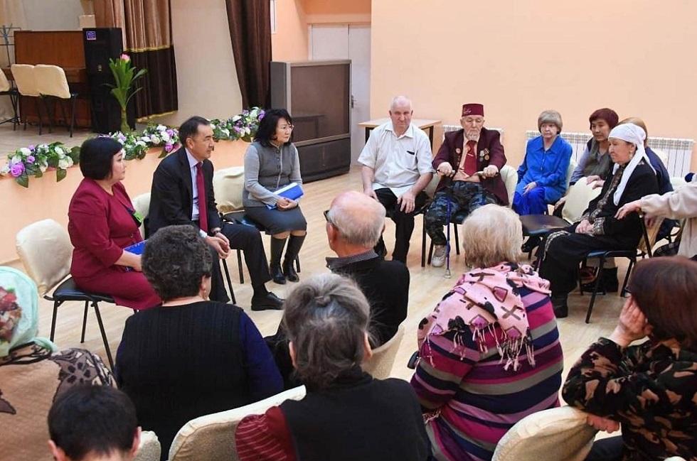 Сагинтаев посетил социальные объекты, на работу которых пожаловались алматинцы