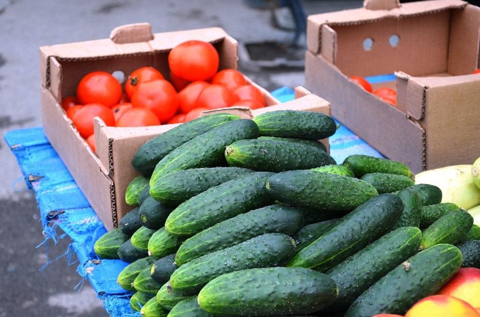 На сколько подорожали овощи и фрукты в Казахстане в январе