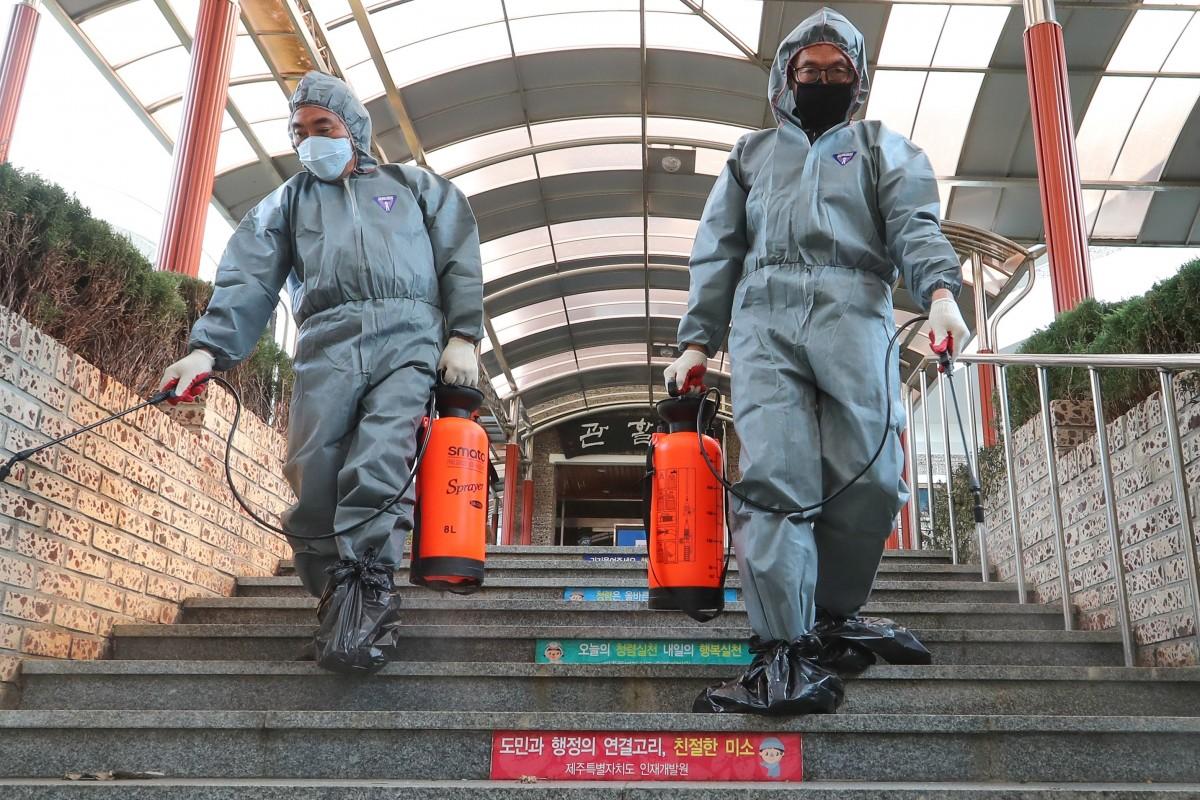 По второму разу: около 200 человек заново заразились коронавирусом в Китае