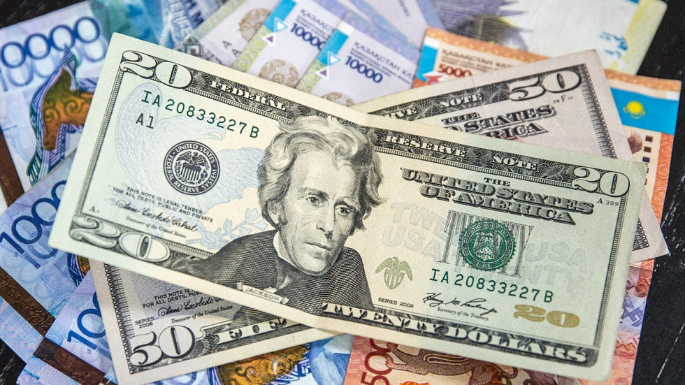Торги на KASE: доллар составил 434,38