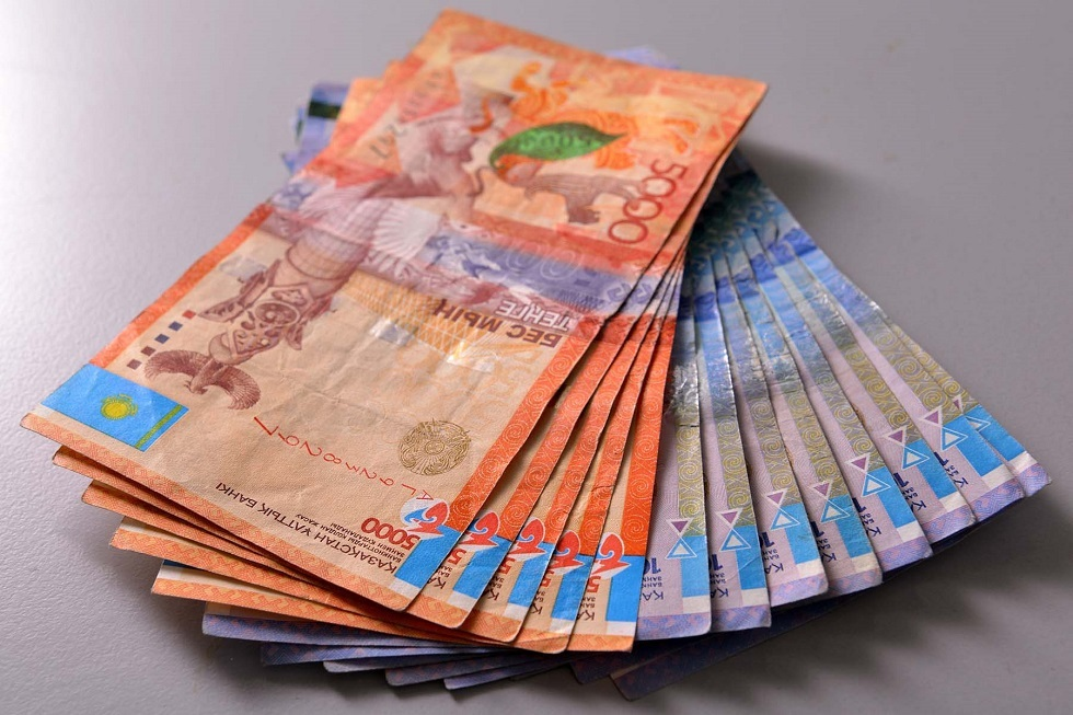 Расплата за оплату: за сбыт сувенирной купюры начато расследование