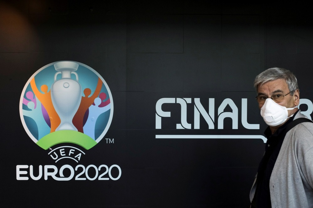Чемпионат Европы по футболу отложили на год
