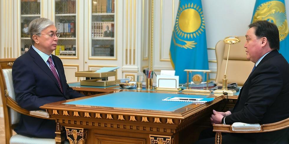 Токаев принял председателя гос. комиссии по обеспечению режима ЧП Аскара Мамина