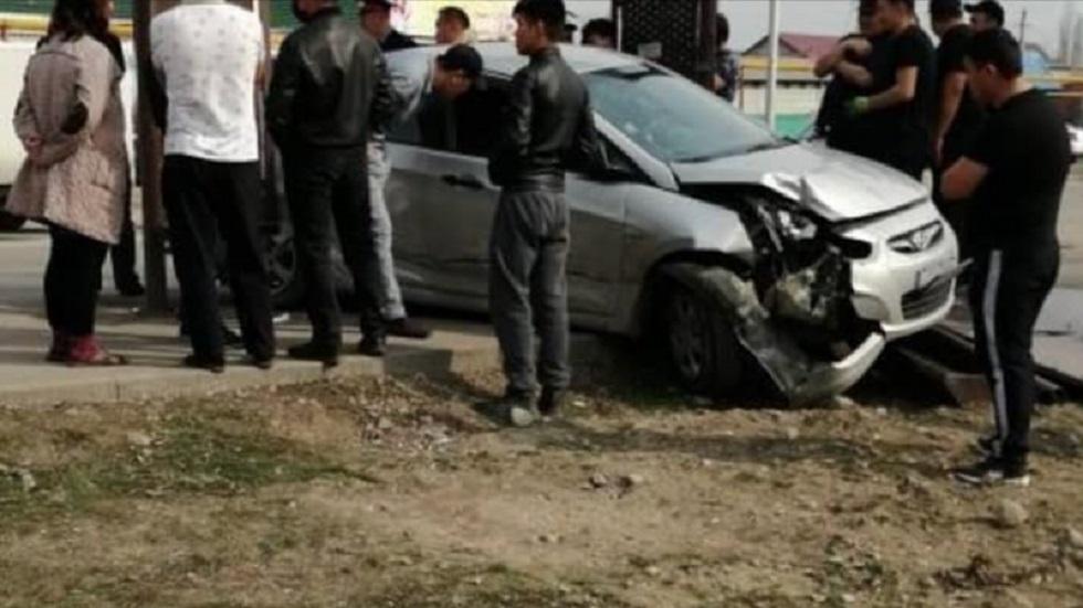 Пьяный водитель сбил девушку неподалеку от остановки в Алматы