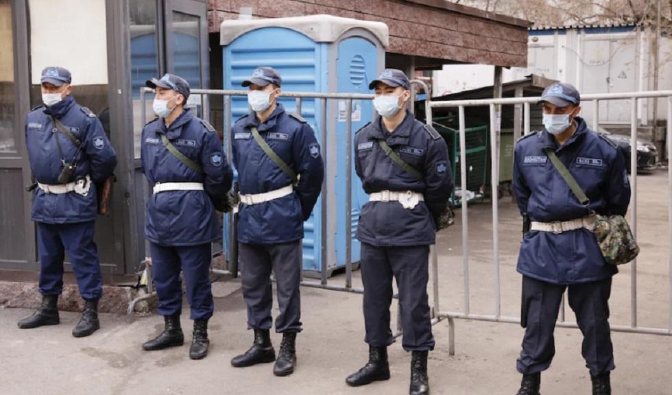 Очаги заражения коронавирусом оцеплены полицейскими и бойцами Национальной гвардии