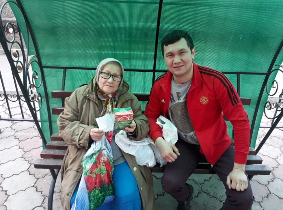 Пять тысяч продуктовых корзин вручат людям почтенного возраста в 18 городах Казахстана