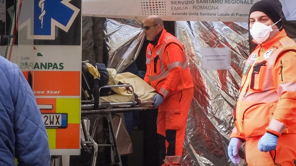Критичная ситуация в Италии - почти 800 смертей за сутки из-за коронавируса