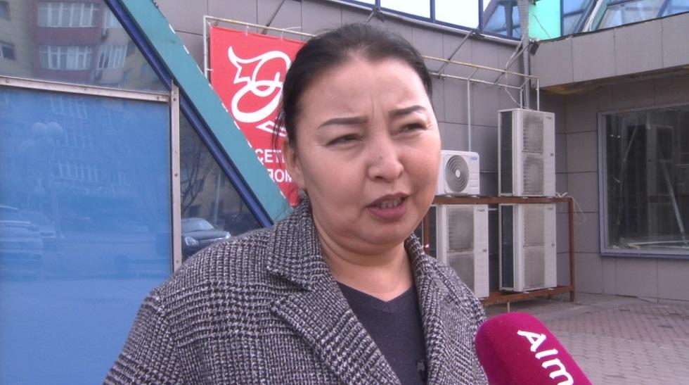 Социальный опрос о дефиците продуктов провели в крупнейшем супермаркете Алматы