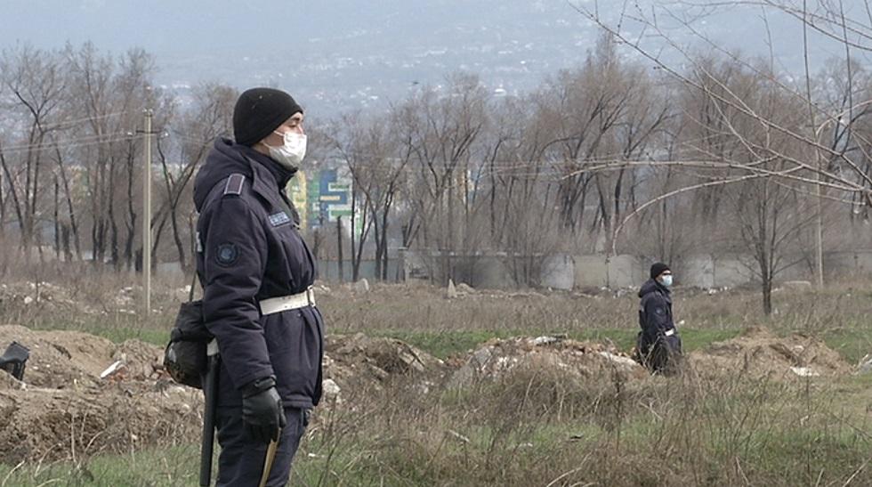 По всему периметру Алматы круглосуточно ведется охрана границ